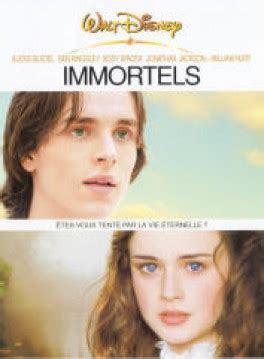 Immortels / Jay Russell (réal) | Russel, Jay. Metteur en scène ou réalisateur