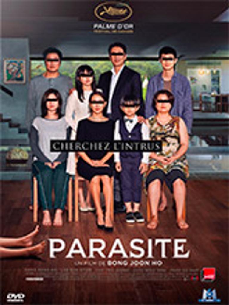 Parasite / Joon-ho Bong, (réal.)   Bong, Joon-ho (1969-....). Metteur en scène ou réalisateur. Scénariste